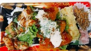 海苔弁当(チキンと白身タルタルフライ)