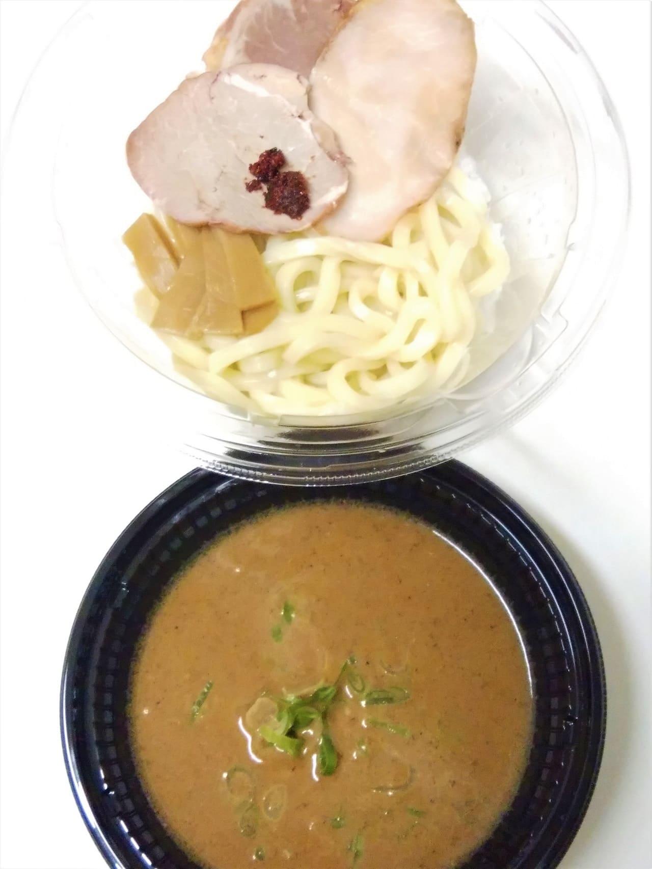 セブンイレブンの中華蕎麦とみ田監修濃厚豚骨魚介冷しW焼豚つけ麵
